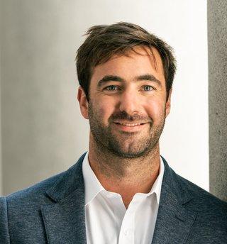 A portrait of Scott Austin, Vice President at Vista Point Advisors